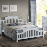 postel s prima roštem