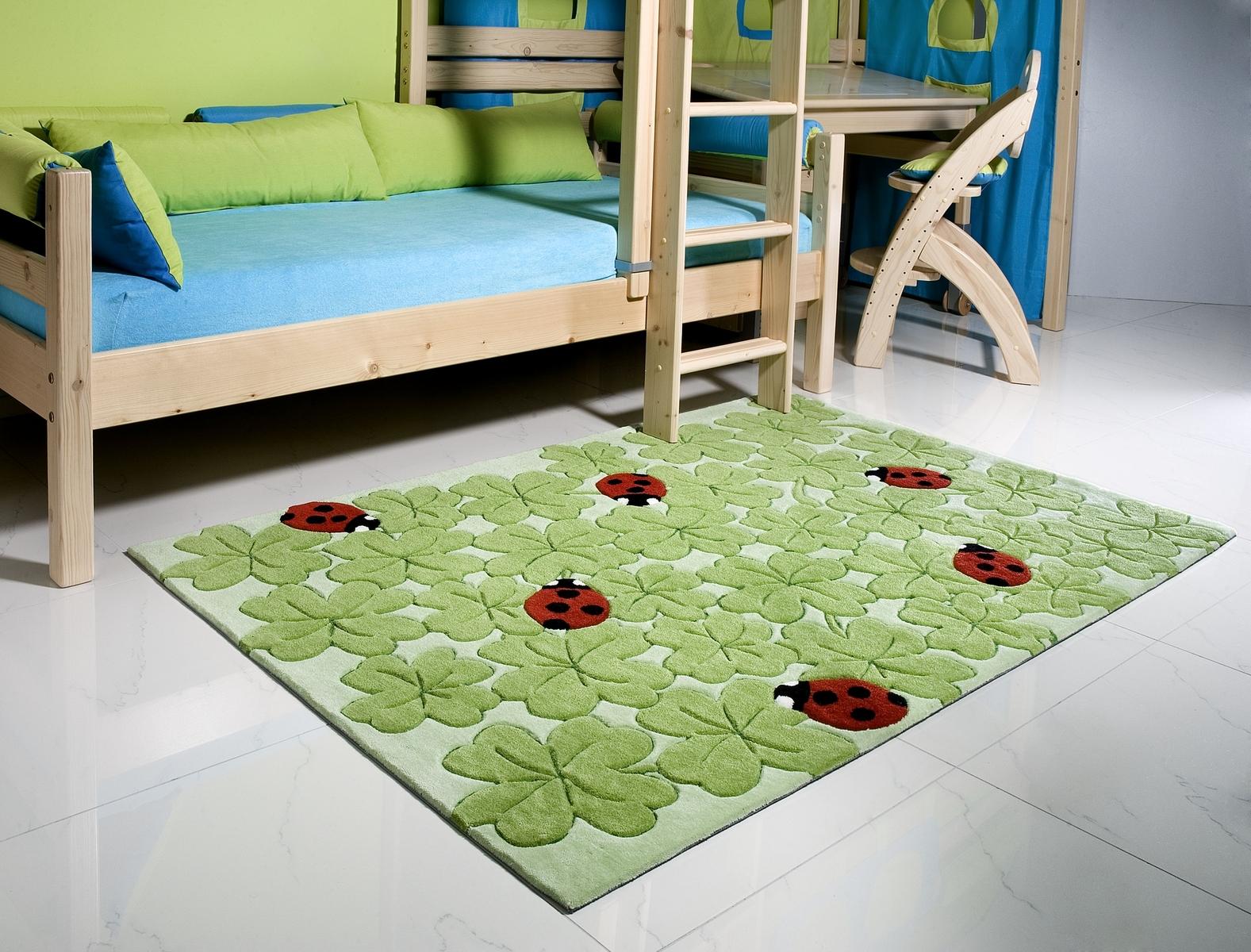 Ručně všívaný koberec (tuftovaný) - Bakero - Kids Ladybug Green