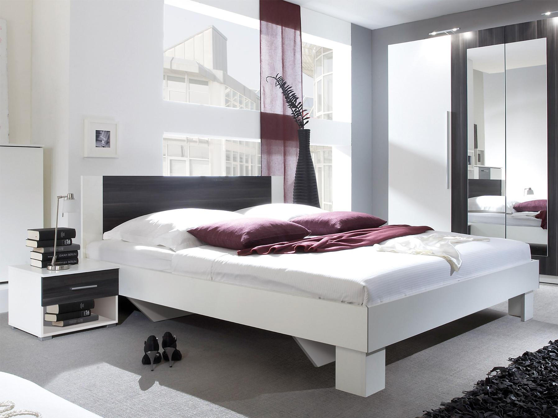 Manželská postel 160 cm - Verwood - Typ 51 (bílá + ořech) (s noč. stolky)